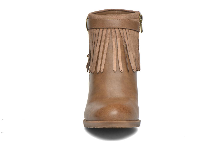 Bottines et boots Refresh Priscilla 62231 Marron vue portées chaussures