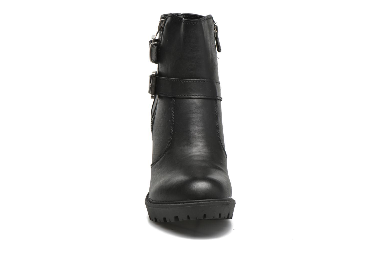 Bottines et boots Refresh Fanny 62140 Noir vue portées chaussures