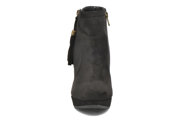 Bottines et boots Refresh Flo 62295 Noir vue portées chaussures