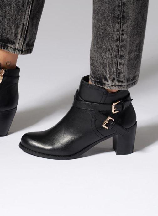 Boots en enkellaarsjes Divine Factory Elisa Zwart onder