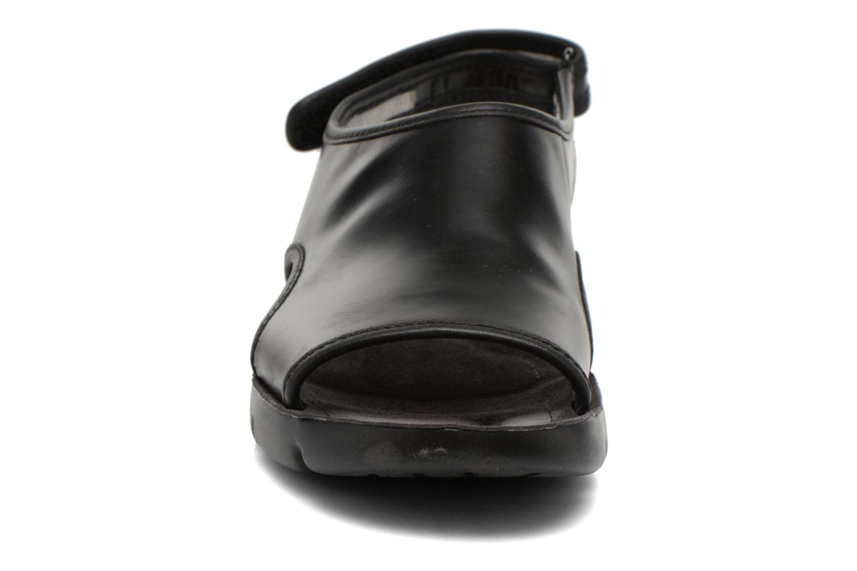 Sandales et nu-pieds Camper Oruga 22541 Noir vue portées chaussures