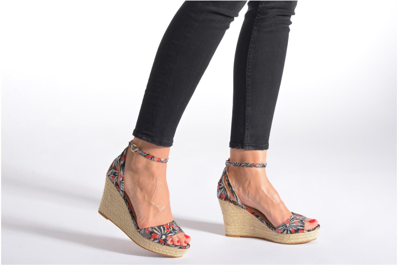 Sandales et nu-pieds Refresh Omnila-62010 Noir vue bas / vue portée sac