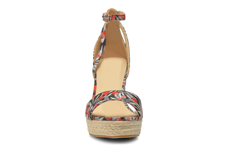 Sandales et nu-pieds Refresh Omnila-62010 Noir vue portées chaussures