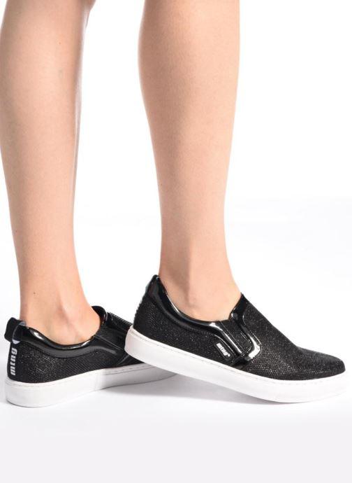 Sneakers MTNG Tajin Sort se forneden