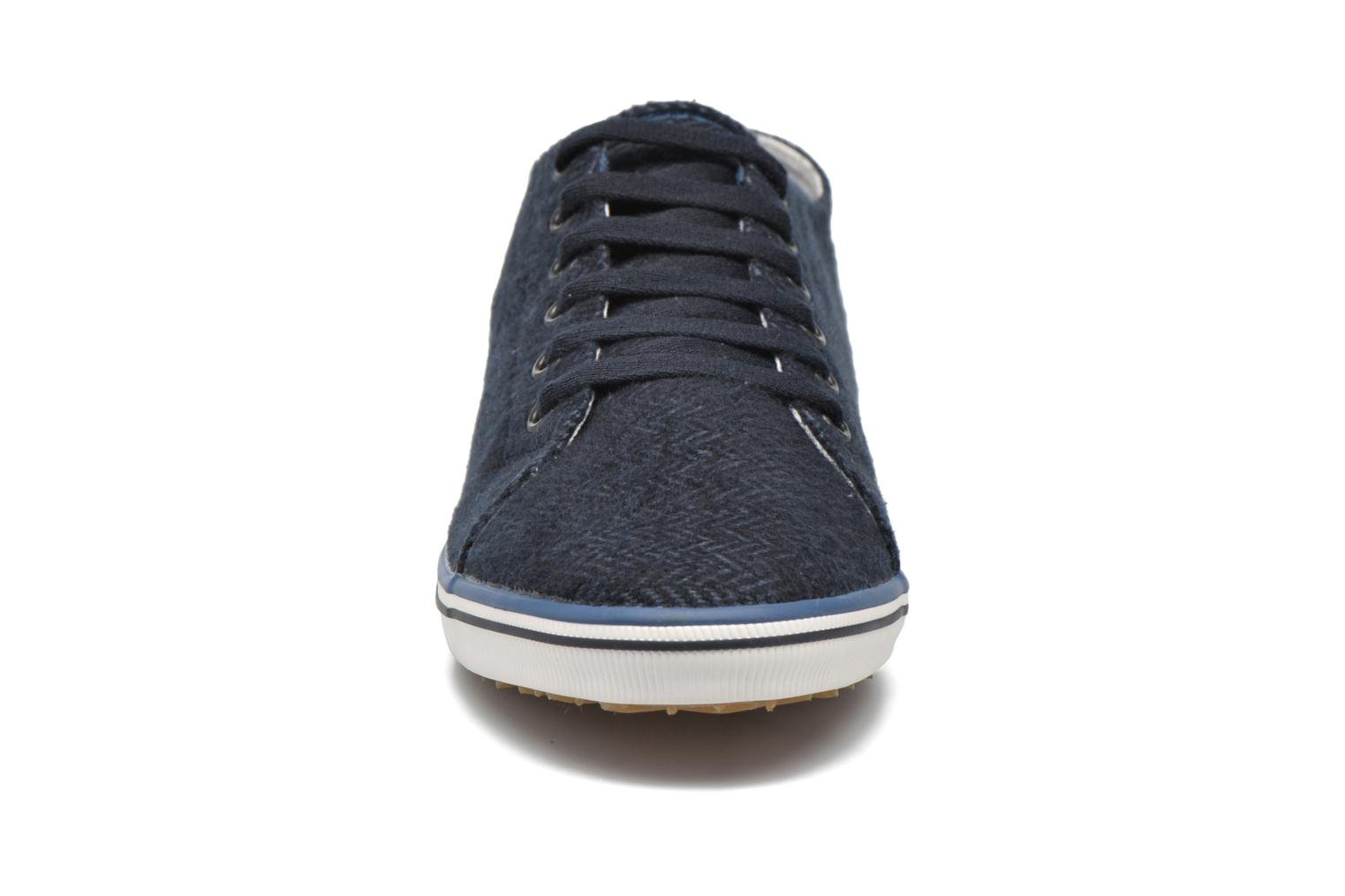 Baskets Fred Perry Kingston Tweed Bleu vue portées chaussures