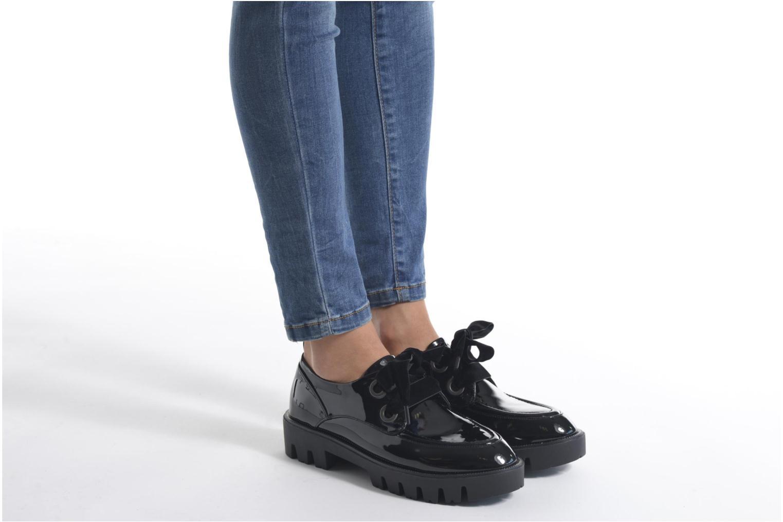 Chaussures à lacets Sixty Seven Eugénie Noir vue bas / vue portée sac