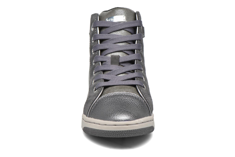 Baskets Geox J Creamy E J62L5E Gris vue portées chaussures
