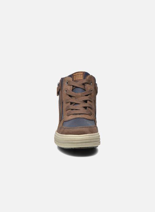 Baskets Geox J Elvis B J64A4B Marron vue portées chaussures
