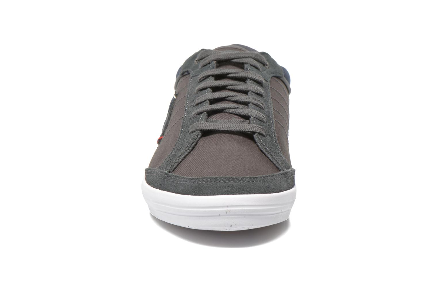 Trainers Le Coq Sportif Feretcraft Twill Cvs Grey model view