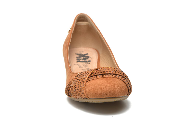 Ballerines Xti Sunday 45106 Marron vue portées chaussures