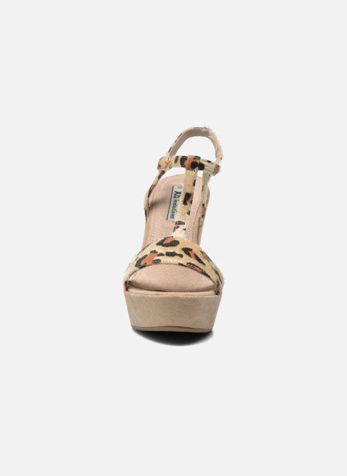 Sandali e scarpe aperte Xti Antigua 29715 Multicolore modello indossato