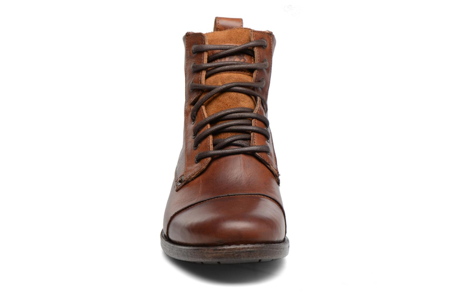 Medium Lace Up Emerson Levi's Brown v8mN0wOn