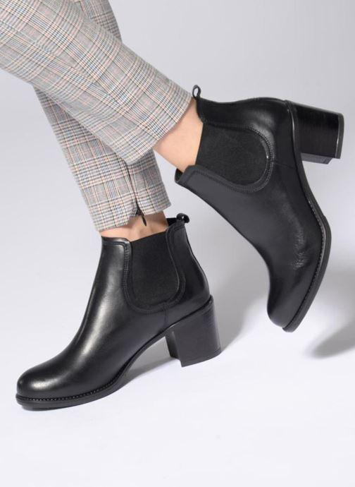 Stiefeletten & Boots Georgia Rose Analla schwarz ansicht von unten / tasche getragen