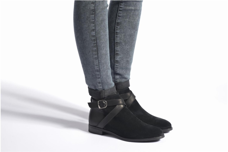 Bottines et boots Georgia Rose Anoucle Noir vue bas / vue portée sac
