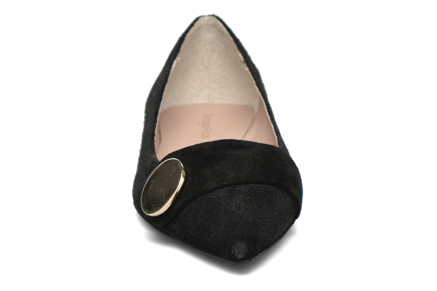 Ballet pumps Georgia Rose Jaol Black model view