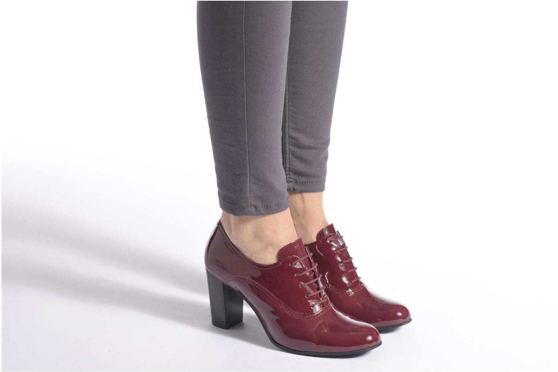 Chaussures à lacets Georgia Rose Jata Bordeaux vue bas / vue portée sac