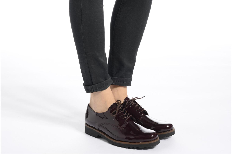 Chaussures à lacets Gabor Brie Bordeaux vue bas / vue portée sac