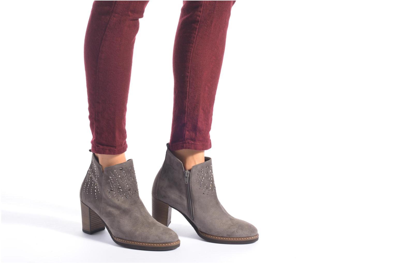Bottines et boots Gabor Anna Marron vue bas / vue portée sac