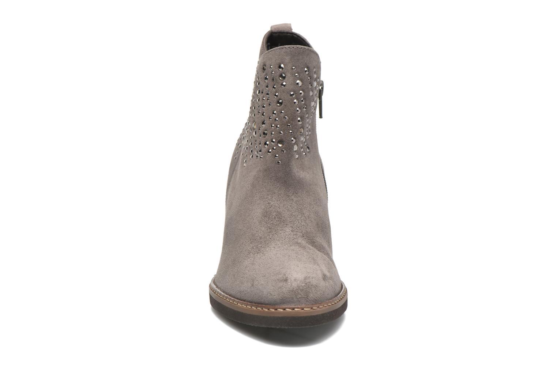 Bottines et boots Gabor Anna Marron vue portées chaussures