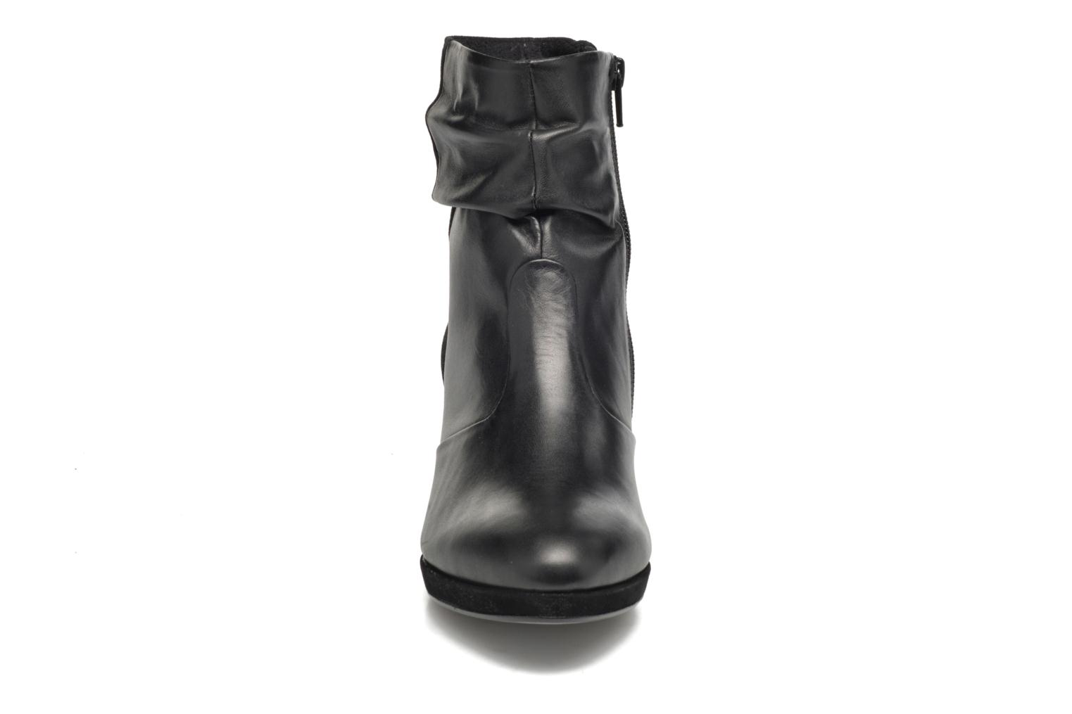 Ankle boots Gabor Nizza Black model view
