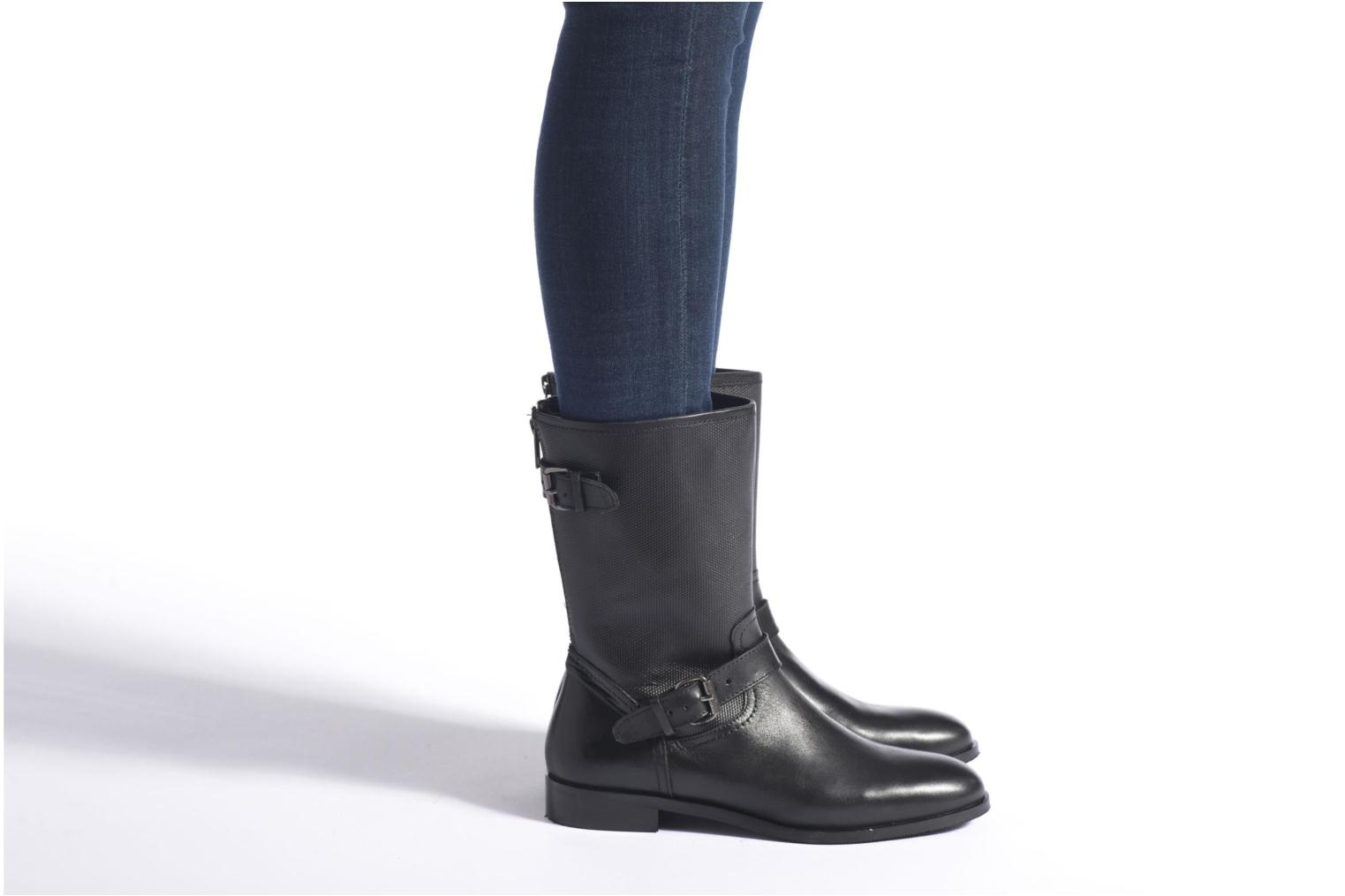 Ankle boots Arima pour Elle Vocera Black view from underneath / model view