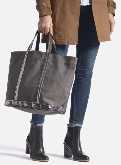 Handbags Vanessa Bruno Cabas  M+ Black view from underneath / model view