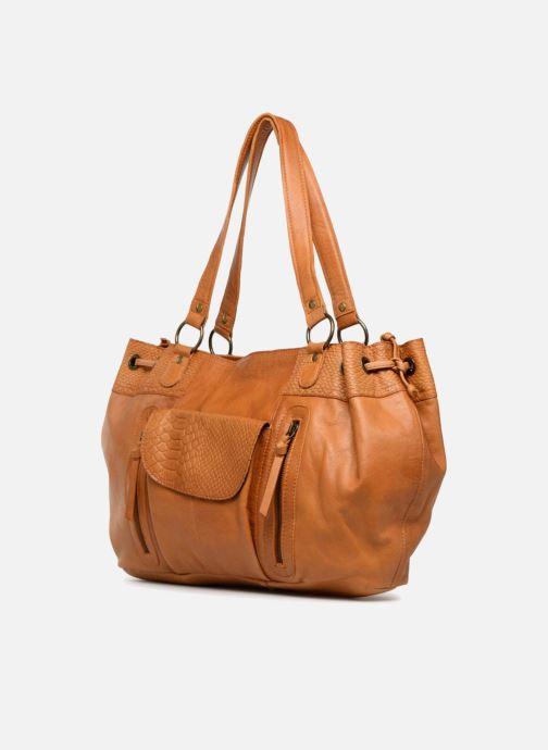 Sacs à main Pieces PIHANNA Leather bag Marron vue portées chaussures