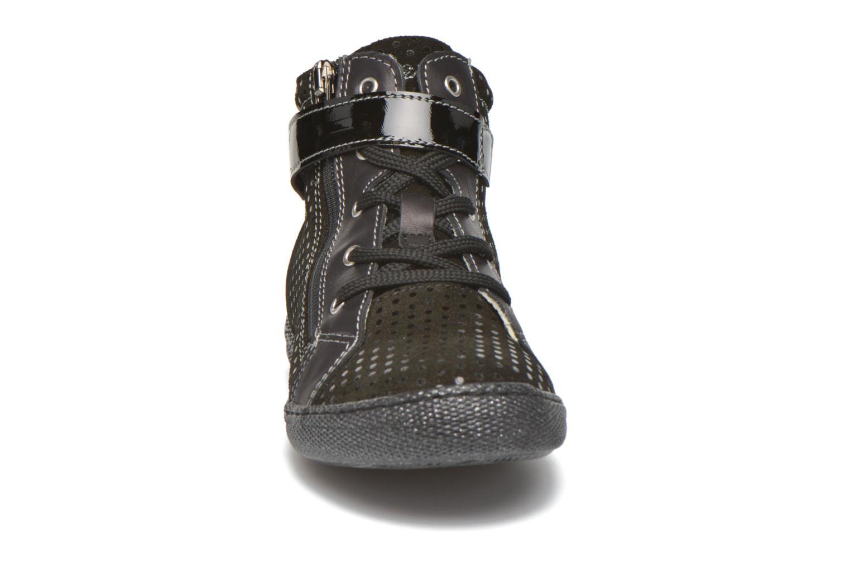 Baskets Primigi Mel-E Noir vue portées chaussures