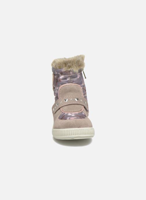 Bottes Primigi Titi-E Beige vue portées chaussures