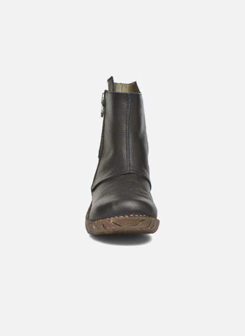 Ankle boots El Naturalista Yggdrasil NE28 Black model view