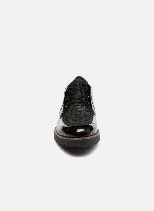 Schnürschuhe Remonte Monica D0103 schwarz schuhe getragen