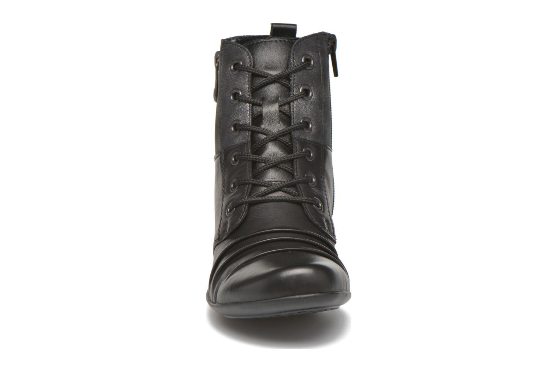 Bottines et boots Remonte Joséphine D7390 Noir vue portées chaussures