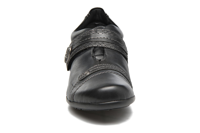 Mocassins Remonte Danielle R9813 Noir vue portées chaussures