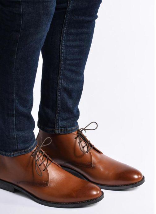 Bottines et boots Marvin&Co Tipton Marron vue bas / vue portée sac