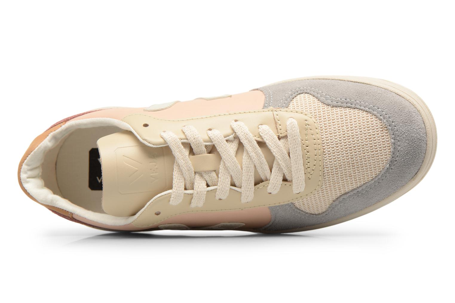 Trainers Veja V-10 W Beige view from the left