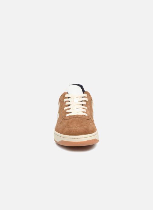 Sneaker Veja V-10 braun schuhe getragen