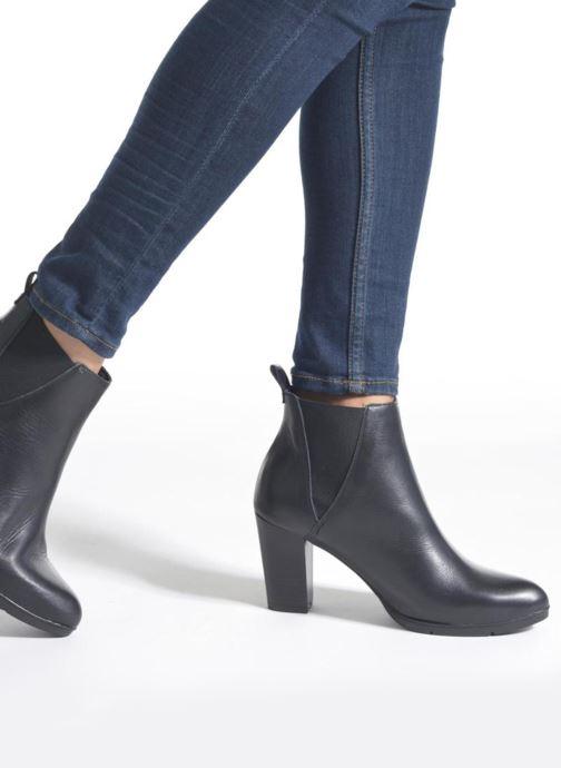 Bottines et boots Karston UBAK *Veau NOIR ~1ere.CUIR Noir vue bas / vue portée sac