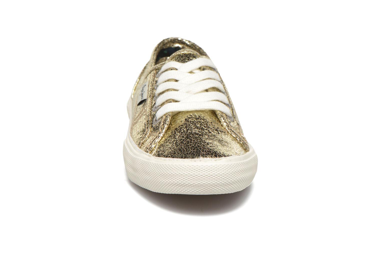 Deportivas Pepe jeans Aberlady Crackle Oro y bronce vista del modelo