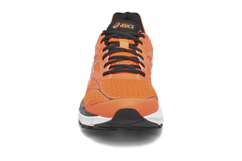Chaussures de sport Asics Gel-Pulse 8 Orange vue portées chaussures