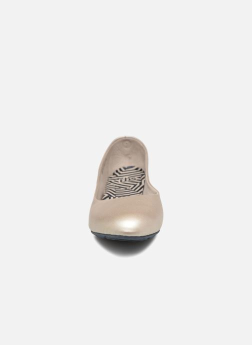 Ballerines TBS Camille Beige vue portées chaussures