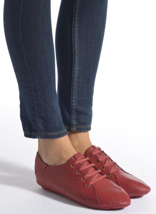 Chaussures à lacets TBS Charlyn Rouge vue bas / vue portée sac