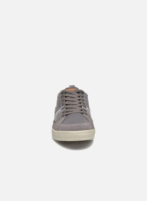 Sneaker TBS Blaster grau schuhe getragen
