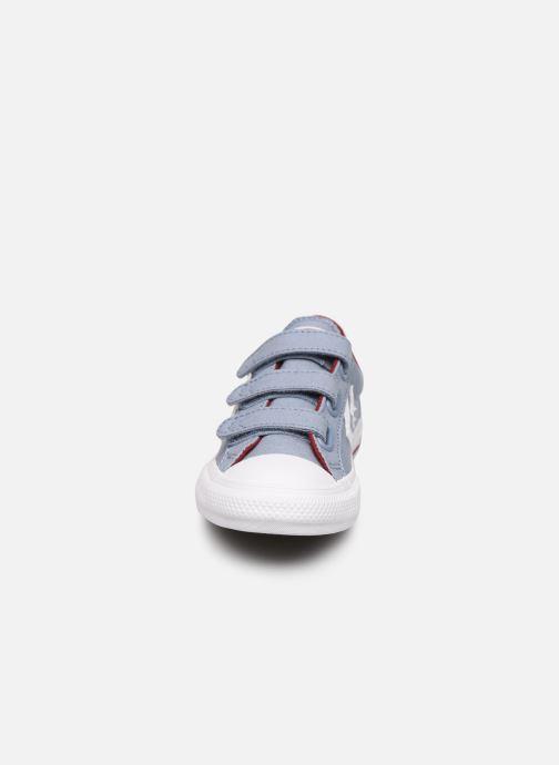 Sneakers Converse Star Player 3V Ox Azzurro modello indossato