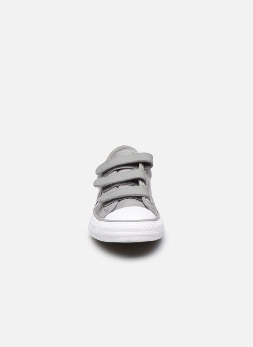 Baskets Converse Star Player 3V Ox Gris vue portées chaussures