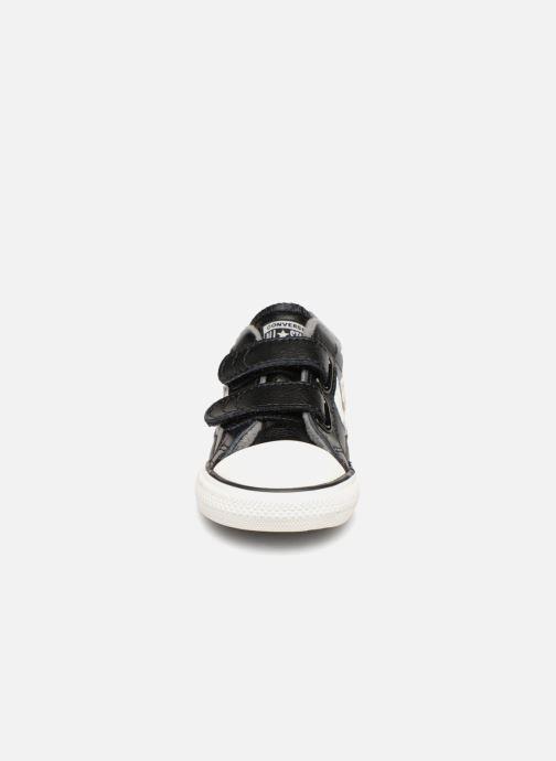 Baskets Converse Star Player 2V Ox Noir vue portées chaussures