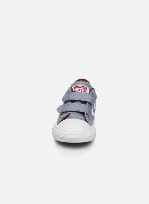 Sneaker Converse Star Player 2V Ox blau schuhe getragen