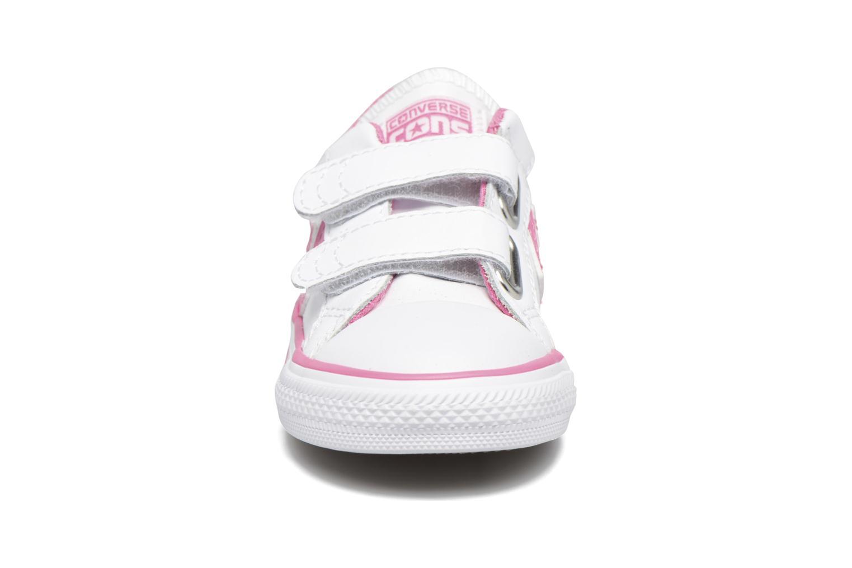 Sneakers Converse Star Player 2V Ox Vit bild av skorna på