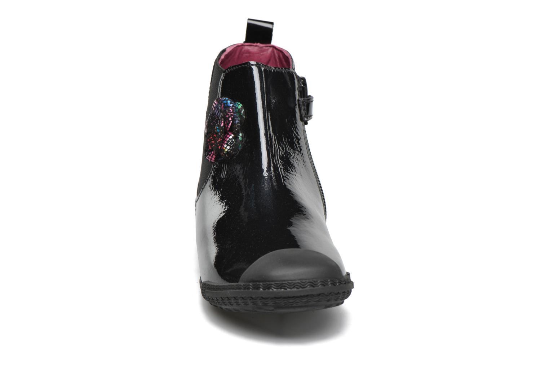 Bottines et boots Mod8 Kama Noir vue portées chaussures