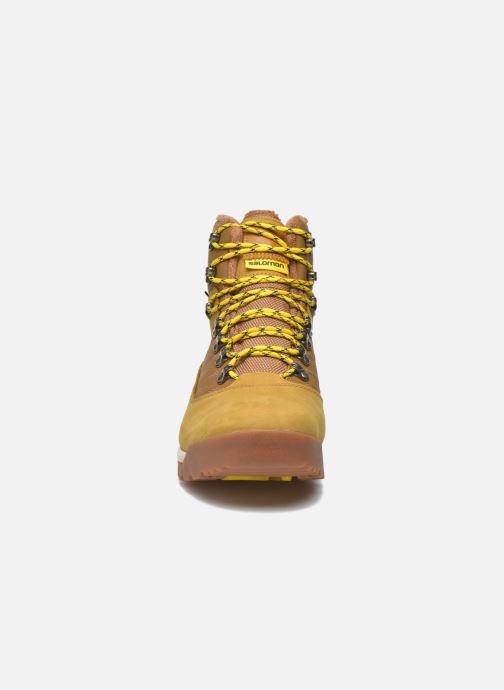 Chaussures de sport Salomon Utility Pro TS CSWP Jaune vue portées chaussures