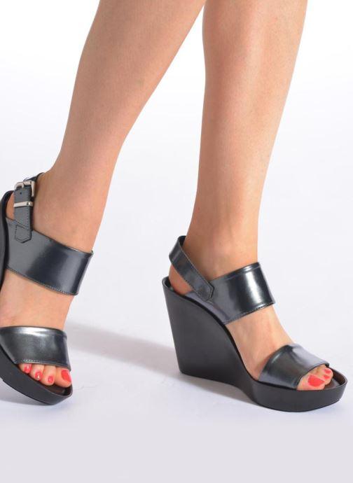 Sandales et nu-pieds Bronx Anner Gris vue bas / vue portée sac